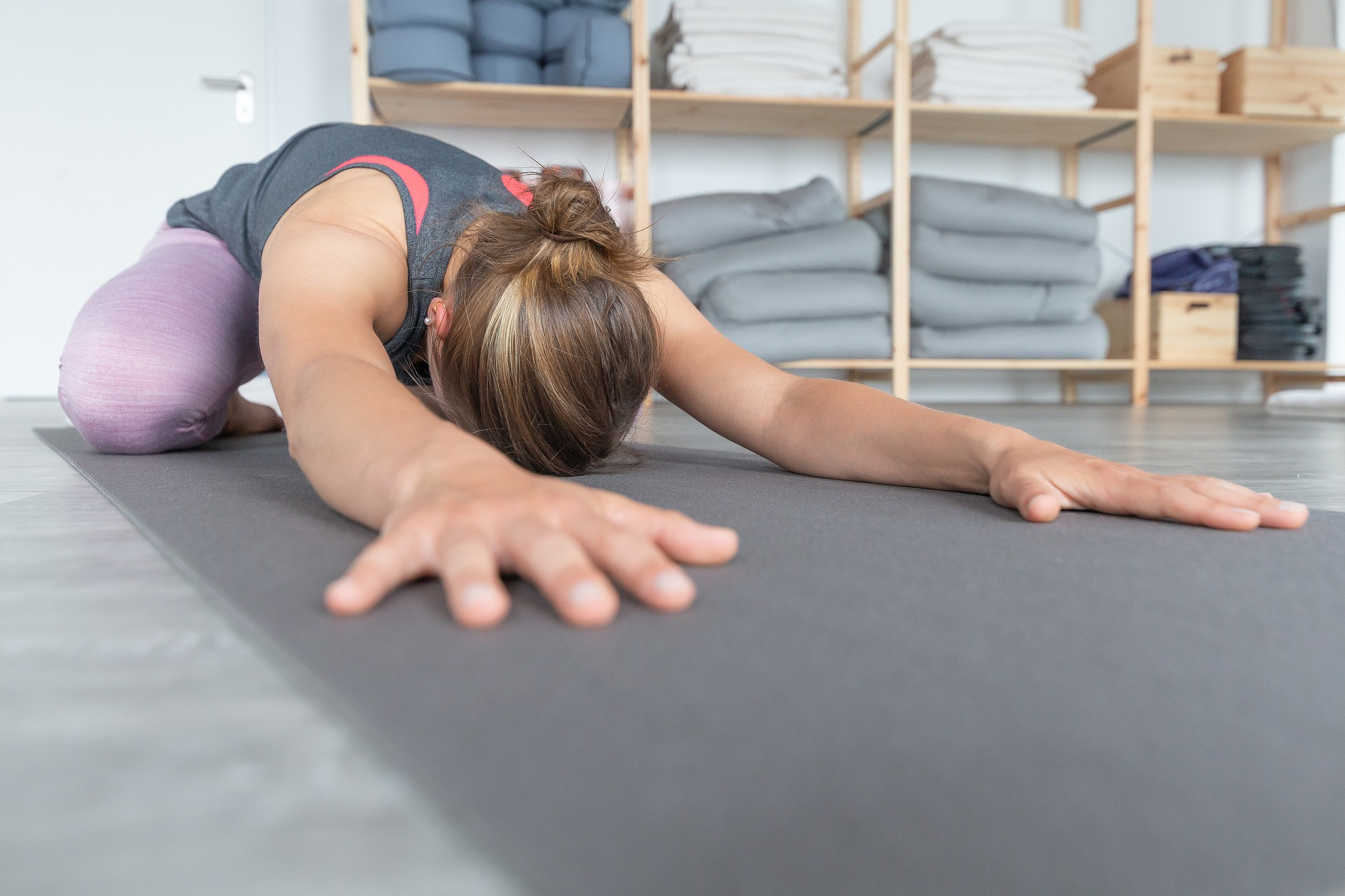 yoga-3677898_1920
